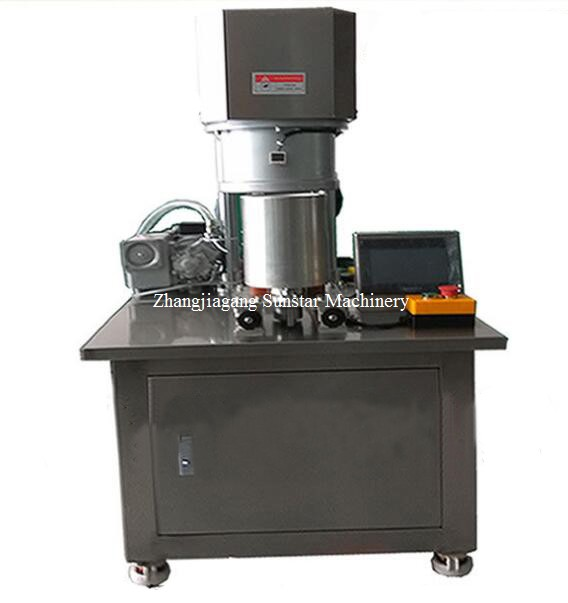 Semi-automatic vacuum can seamer