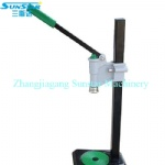 Manual hand held crown capper for beer soda water